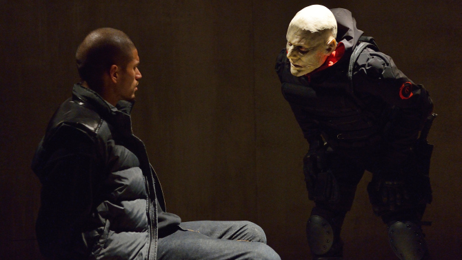 "THE STRAIN ""The Master"" -- Episode 13 (Airs Sunday; October 5; 10:00 pm e/p) -- Pictured: (L-R) Miguel Gomez as Gus Elizade, Stephen McHattie as Quinlan. CR: Michael Gibson/FX"