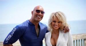 Pamela Anderson set film Baytwatch